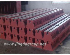 Cast iron T-slot guide rails