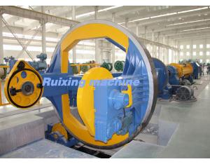 Drum twister laying-up machine for stranding power cables with large cross-section