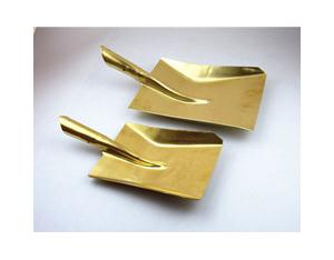 non sparking flat shovel ,wooden handle brass shovel