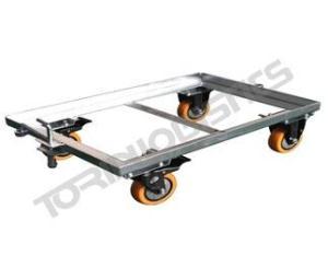 Platform truck for warehouse goods transportation