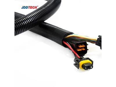 Corrugated flexible conduit