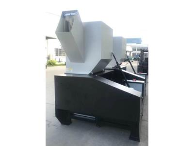 PET/PP/PE/PVC/ABS/ Sheet Plastic bottle crusher with two feed ports