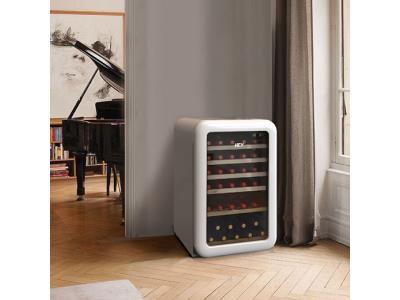 refrigerator,retro fridge