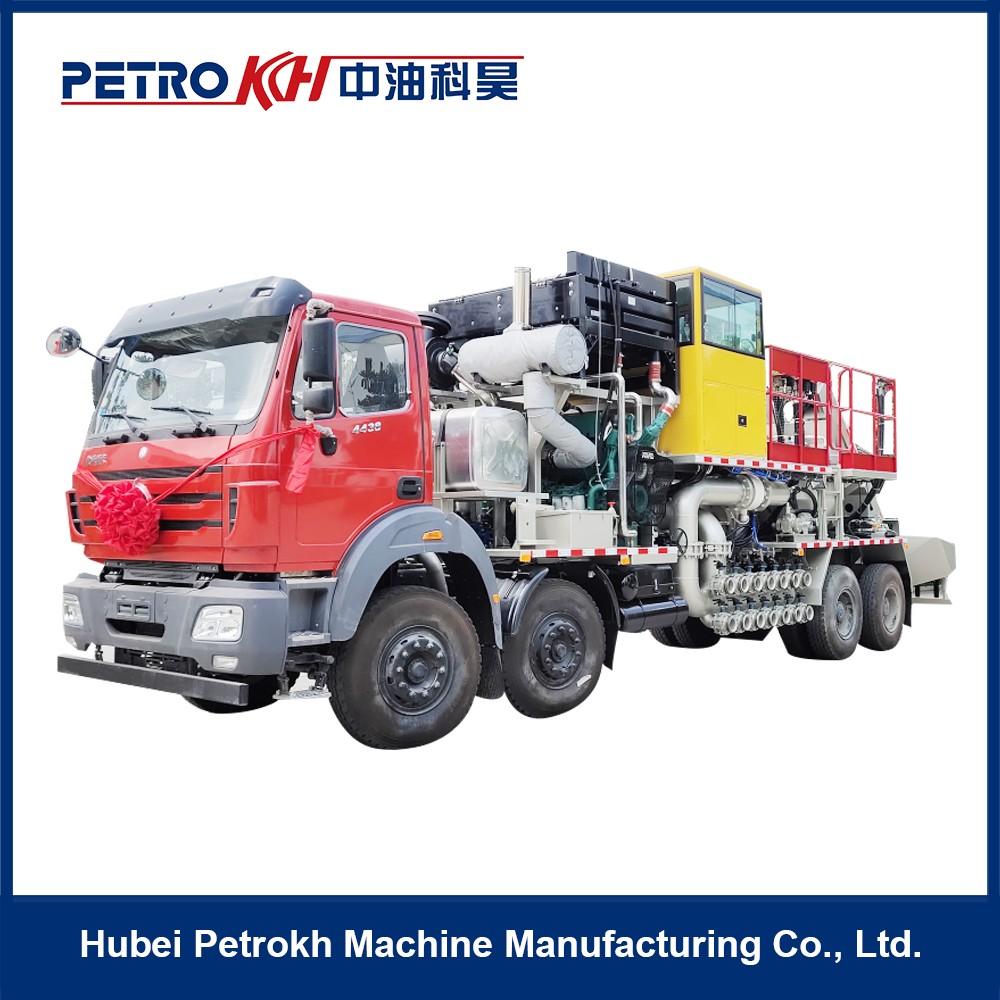 HSC360 fracturing blender truck
