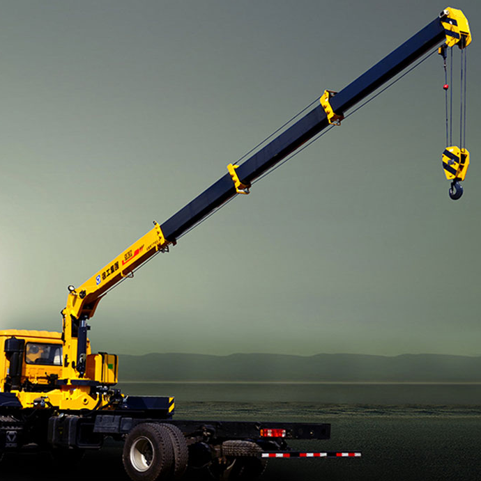Truck-mounted crane with telescopic boom SQ6.3SK3Q
