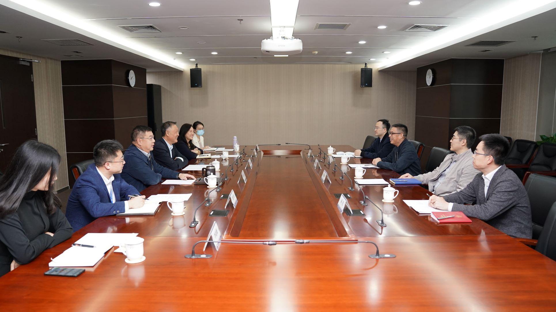 商务部亚洲司杨伟群司长一行赴机电商会调研座谈